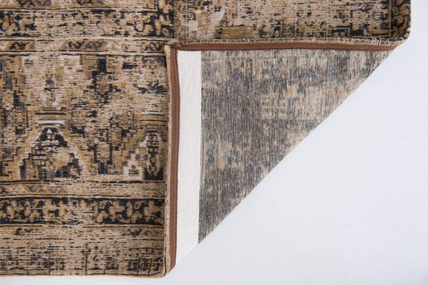 Antique Hadschlu rug in colour old gold