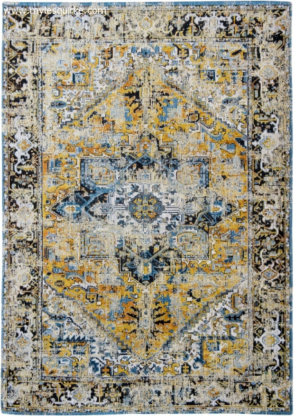 Antique Heriz rug in colour amir gold