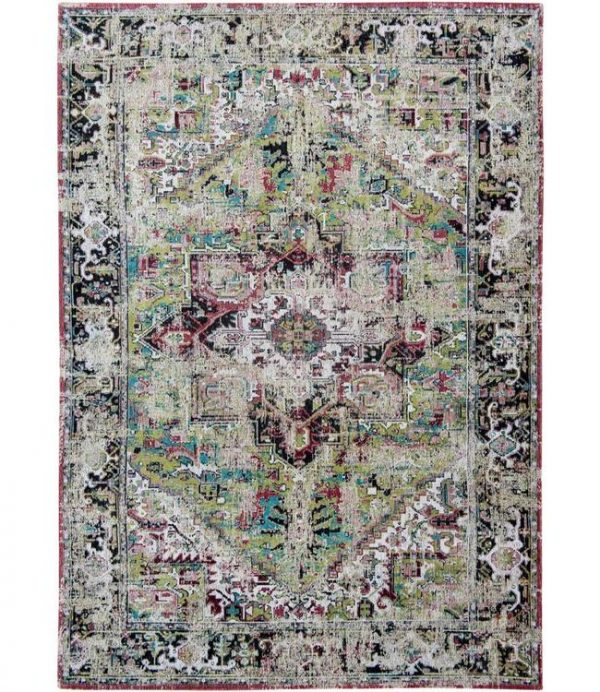 Antique Heriz rug in colouravlu green