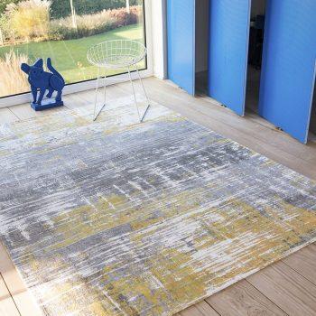 Streaks rug in colour sea bright sunny
