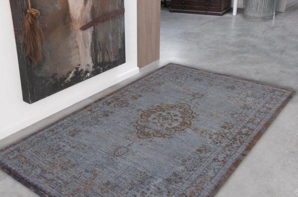 Medaillon rug in colour grey ebony