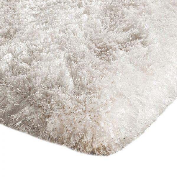 Shaggy Rugs   Deep Pile Rugs   Rug & Table Shop Halifax West Yorkshire   01422 414459   White Plush Rug